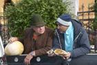 Ost och tryffel diskuteras och provas i Bran, Rumänien.